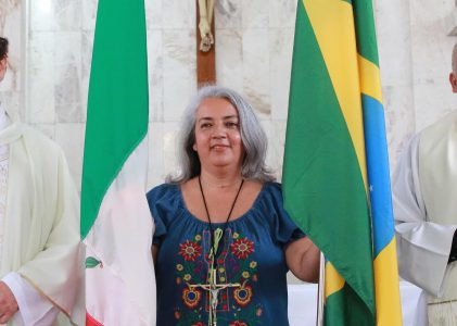 María Teresa Esparza del Río, MLA, celebra su misa de envío a la Misión de Brasil.